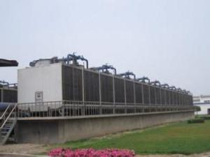 Large steel frame counterflow cooling tower